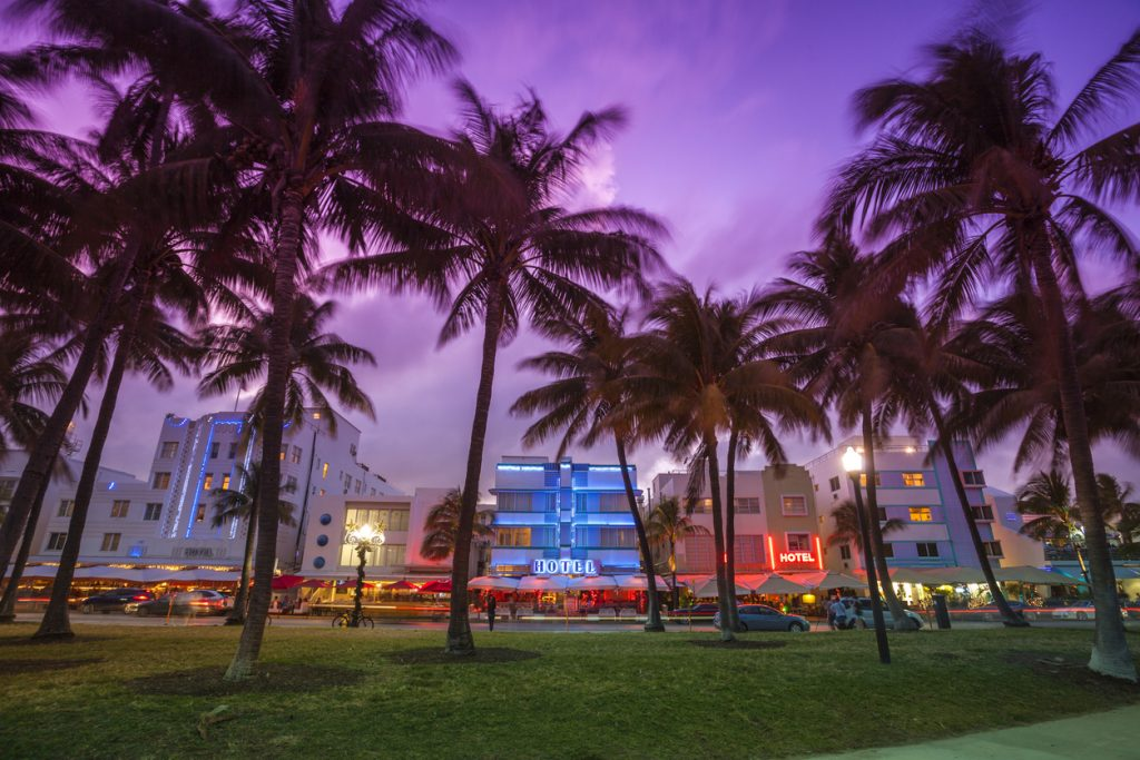 hotels near the beach in south florida